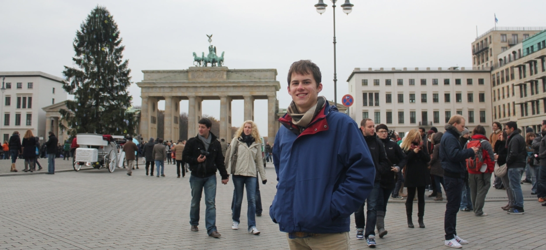 Before our tour, Paul photographed me standing against the Brandenburger Tor in Pariser Platz. 26 November 2011